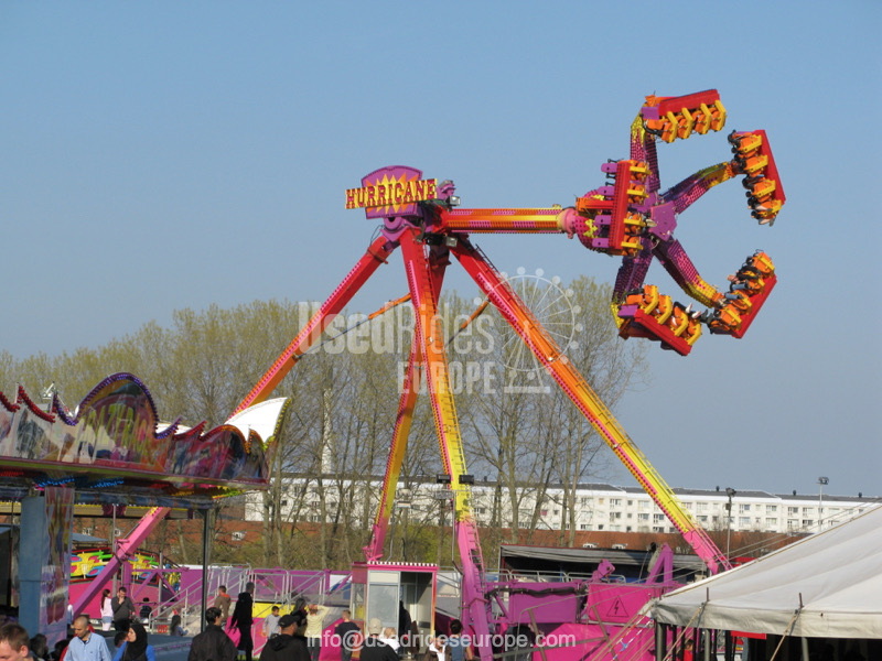 Used ride Hurricane (Zamperla)